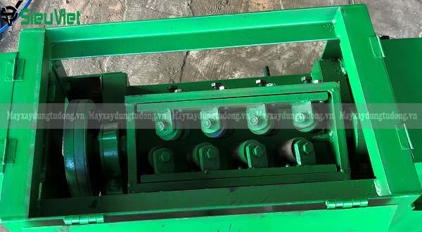 Dàn duỗi máy duỗi sắt rối xây dựng SVR5-10