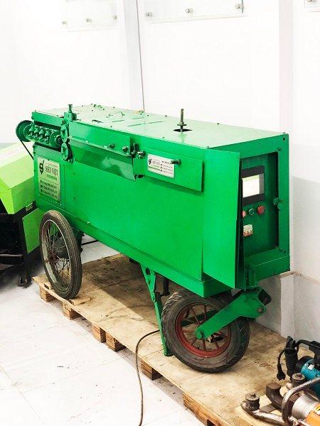 Máy bẻ đai sắt tự động SVD-800